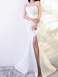 cheap -Mermaid / Trumpet Strapless Sweep / Brush Train Polyester Peplum / White Engagement / Formal Evening Dress with Ruffles / Split 2020