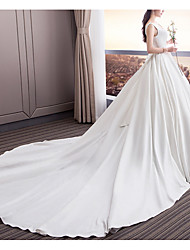 cheap -A-Line Square Neck Sweep / Brush Train Satin Sleeveless Beach Wedding Dresses with Draping 2020