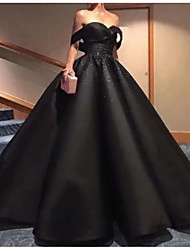 cheap -Ball Gown Off Shoulder Floor Length Polyester Strapless Formal Plus Size / Black Wedding Dresses with Draping 2020