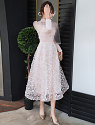 cheap -A-Line Flirty Pink Graduation Prom Dress High Neck Long Sleeve Tea Length Lace Tulle with Pleats Appliques 2020 / Illusion Sleeve