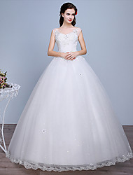 cheap -Ball Gown Sweetheart Neckline Floor Length Polyester / Lace / Tulle Sleeveless Romantic / Glamorous / Sexy Wedding Dresses with Crystals 2020