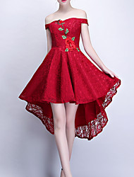 cheap -A-Line Off Shoulder Knee Length Polyester Hot / Red Cocktail Party / Homecoming Dress with Appliques / Embroidery 2020