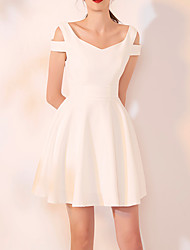 cheap -A-Line Minimalist White Homecoming Cocktail Party Dress V Neck Short Sleeve Short / Mini Spandex with Pleats 2021