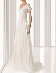 cheap -Sheath / Column Empire White Engagement Prom Dress V Neck Sleeveless Floor Length Polyester with Pleats 2020