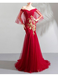 cheap -Mermaid / Trumpet Chinese Style Red Engagement Formal Evening Dress Off Shoulder Half Sleeve Sweep / Brush Train Tulle with Pleats Appliques 2020