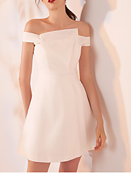cheap -A-Line Off Shoulder Short / Mini Spandex Sexy / White Cocktail Party / Homecoming Dress with Pleats 2020
