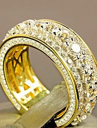 Недорогие -Мужчина женщина Кольцо Belle Ring Цирконий 1шт Желтый Медь Позолота Сплав нерегулярный Массивный Роскошь Вечерние Подарок Бижутерия геометрический Пригодно для носки