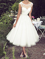cheap -Ball Gown A-Line Wedding Dresses Jewel Neck Tea Length Lace Tulle Sleeveless Vintage Plus Size with Lace 2020