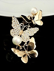 cheap -Women's Cubic Zirconia Brooches Classic Butterfly Paper Clip Stylish Simple Classic Brooch Jewelry Gold For Party Gift Daily Work Festival