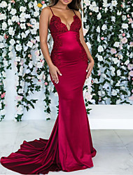 cheap -Mermaid / Trumpet Spaghetti Strap / Plunging Neck Court Train Satin Bridesmaid Dress with Ruching