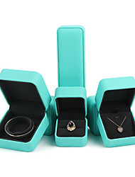 Недорогие -Квадратный Упаковка ювелирных изделий - Зеленый 4 cm 7.5 cm 5.5 cm / Жен.