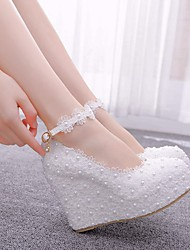 cheap -Women's Wedding Shoes Wedge Heel Round Toe Satin Flower / Sparkling Glitter / Buckle Lace / PU Classic / Sweet Spring & Summer / Fall & Winter Pink / White / Party & Evening