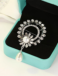 cheap -Women's Brooches Hollow Out Flower Fashion Imitation Pearl Brooch Jewelry White For Gift Date