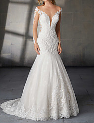 cheap -Mermaid / Trumpet Wedding Dresses V Neck Court Train Lace Long Sleeve Country Plus Size with Lace Insert Appliques 2020 / Illusion Sleeve
