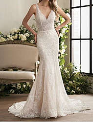 cheap -Mermaid / Trumpet Wedding Dresses V Neck Sweep / Brush Train Lace Sleeveless Country Plus Size with Lace Embroidery 2020