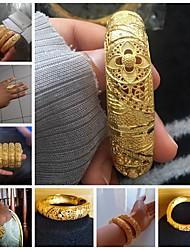Недорогие -Жен. Браслет разомкнутое кольцо Свадьба Урожай Theme Роскошь Классика модный Этнический Африка 24K Gold Plated Браслет Ювелирные изделия Золотой Назначение