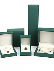 Недорогие -Квадратный Упаковка ювелирных изделий - Золотой, Зеленый 4 cm 7.5 cm 5.5 cm / Жен.