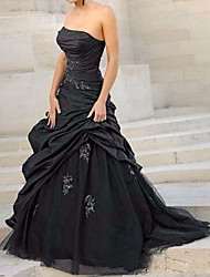 cheap -Ball Gown Wedding Dresses Strapless Sweep / Brush Train Tulle Polyester Sleeveless Country Plus Size Black with Ruched Appliques 2020