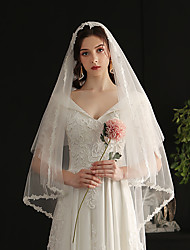 cheap -Two-tier Luxury Wedding Veil Cathedral Veils with Fringe / Crystals / Rhinestones Tulle