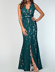 cheap -Mermaid / Trumpet Plunging Neck Floor Length Lace / Shantung / Stretch Satin Bridesmaid Dress with Lace