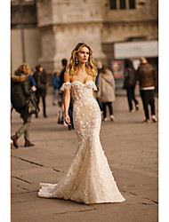 cheap -Mermaid / Trumpet Wedding Dresses Off Shoulder Sweep / Brush Train Lace Tulle Short Sleeve Sexy Plus Size with Lace Appliques 2020