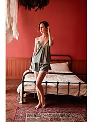 Недорогие -дамы сексуальные шорты полые соблазнение глубокий v слинг принцесса ветер спинки шелковистой домашнее платье