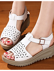 cheap -Women's Sandals Wedge Sandals Flat Sandal Summer Wedge Heel Round Toe Daily Cowhide White / Black / Pink