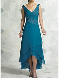 cheap -A-Line Mother of the Bride Dress Sexy V Neck Asymmetrical Chiffon Satin Sleeveless with Beading Tier 2021