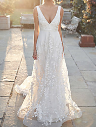 cheap -A-Line Wedding Dresses V Neck Court Train Tulle Sleeveless Country Wedding Dress in Color with Appliques 2020