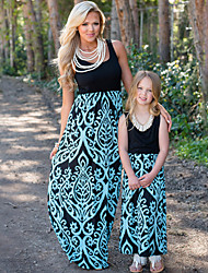 cheap -Mommy and Me Boho Sweet Floral Color Block Print Sleeveless Maxi Dress Blue
