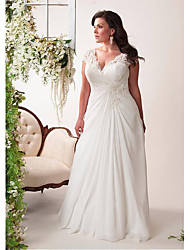 cheap -Mermaid / Trumpet Wedding Dresses V Neck Court Train Chiffon Lace Sleeveless Simple Plus Size with Pleats 2021