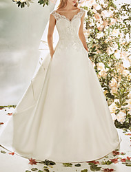cheap -A-Line Wedding Dresses V Neck Sweep / Brush Train Lace Tulle Cap Sleeve Vintage Sexy Wedding Dress in Color Backless with Pleats Embroidery Appliques 2020