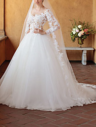 cheap -Ball Gown Wedding Dresses V Neck Chapel Train Tulle 3/4 Length Sleeve Sexy Wedding Dress in Color See-Through with Lace Insert Appliques 2020