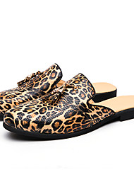 cheap -Men's Clogs & Mules Business / Casual Daily Home Walking Shoes Faux Leather / Cowhide Breathable Shock Absorbing Wear Proof Gold Leopard Spring / Summer