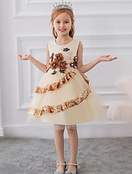 cheap -Ball Gown Knee Length Party / Pageant Flower Girl Dresses - Lace / Tulle Sleeveless Jewel Neck with Tier / Paillette