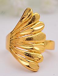 Недорогие -Жен. Кольцо Обручальное кольцо Belle Ring 1шт Золотой Позолота нерегулярный Массивный Стиль Роскошь Свадьба Вечерние Бижутерия