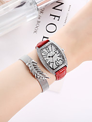 cheap -Women's Quartz Watches Quartz Formal Style Stylish New Arrival Chronograph PU Leather Black / White / Red Analog - White Black Red / Imitation Diamond / Large Dial