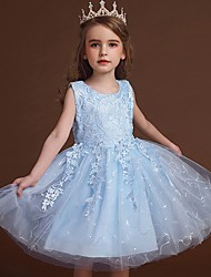 cheap -Princess / Ball Gown Knee Length Wedding / Party Flower Girl Dresses - Lace / Tulle Sleeveless Jewel Neck with Bow(s) / Appliques
