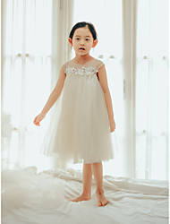 cheap -Princess / Ball Gown Knee Length Wedding / First Communion / Birthday Flower Girl Dresses - Tulle Sleeveless Jewel Neck with Buttons / Pearls / Appliques