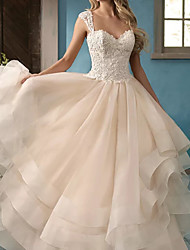cheap -Ball Gown Wedding Dresses Sweetheart Neckline Court Train Lace Satin Tulle Sleeveless Formal with Appliques 2021