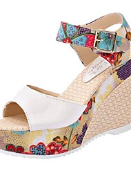 cheap -Women's Sandals Summer Wedge Heel Round Toe Daily Solid Colored PU White / Fuchsia / Blue