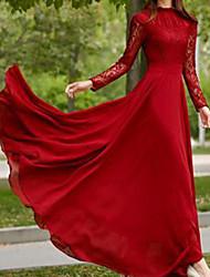 preiswerte -A-Linie luxuriös Retro Hochzeitsgast Formeller Abend Kleid Schmuck Langarm Pinsel Schleppe Chiffon Spitze mit Plissee 2020