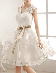 cheap -A-Line Wedding Dresses V Neck Knee Length Lace Sleeveless Vintage Little White Dress 1950s with Bow(s) 2020