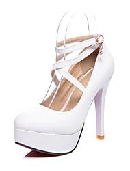 رخيصةأون -نسائي كعوب الربيع / الخريف Pumps أمام الحذاء على شكل دائري الحفلات و المساء المكتب & الوظيفة PU أبيض / أسود