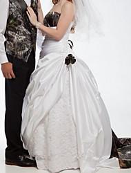 זול -גזרת A שמלות חתונה סטרפלס שובל סוויפ \ בראש סאטן ללא שרוולים פורמאלי הסוואה עם תחרה משולבת 2020
