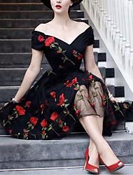 preiswerte -A-Linie Blumig Retro Verlobung Cocktailparty Kleid V-Ausschnitt Kurzarm Kurz / Mini Satin Tüll mit Applikationen 2020
