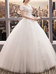 cheap -Ball Gown Wedding Dresses Off Shoulder Floor Length Lace Tulle Short Sleeve Romantic Elegant with Beading Appliques 2020