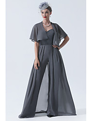 cheap -Pantsuit / Jumpsuit Mother of the Bride Dress Elegant & Luxurious Sweetheart Neckline Sweep / Brush Train Chiffon Lace Short Sleeve with Pleats Appliques 2021