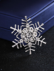 cheap -Wedding Party / Daily Wear Party Accessories Brooches & Pins Metal / Crystals / Rhinestones Rhinestone / Alloy Fashion / Creative / Wedding