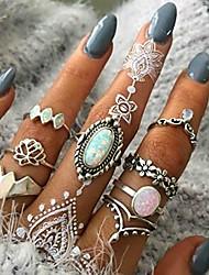 cheap -beryuan women 8 pcs boho gem stone ring set girl bohemian knuckle flower vintage silver crystal joint knuckle ring set for women and girls (1)